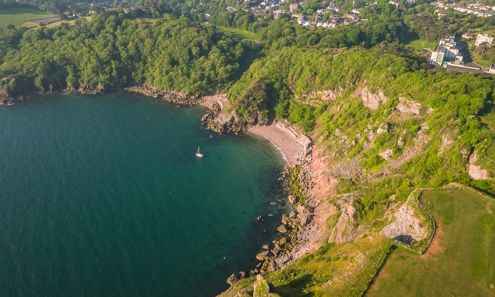 Walking to Anstey's Cove in Torquay, Devon