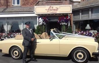 Limo Front of the Livermead House in Devon