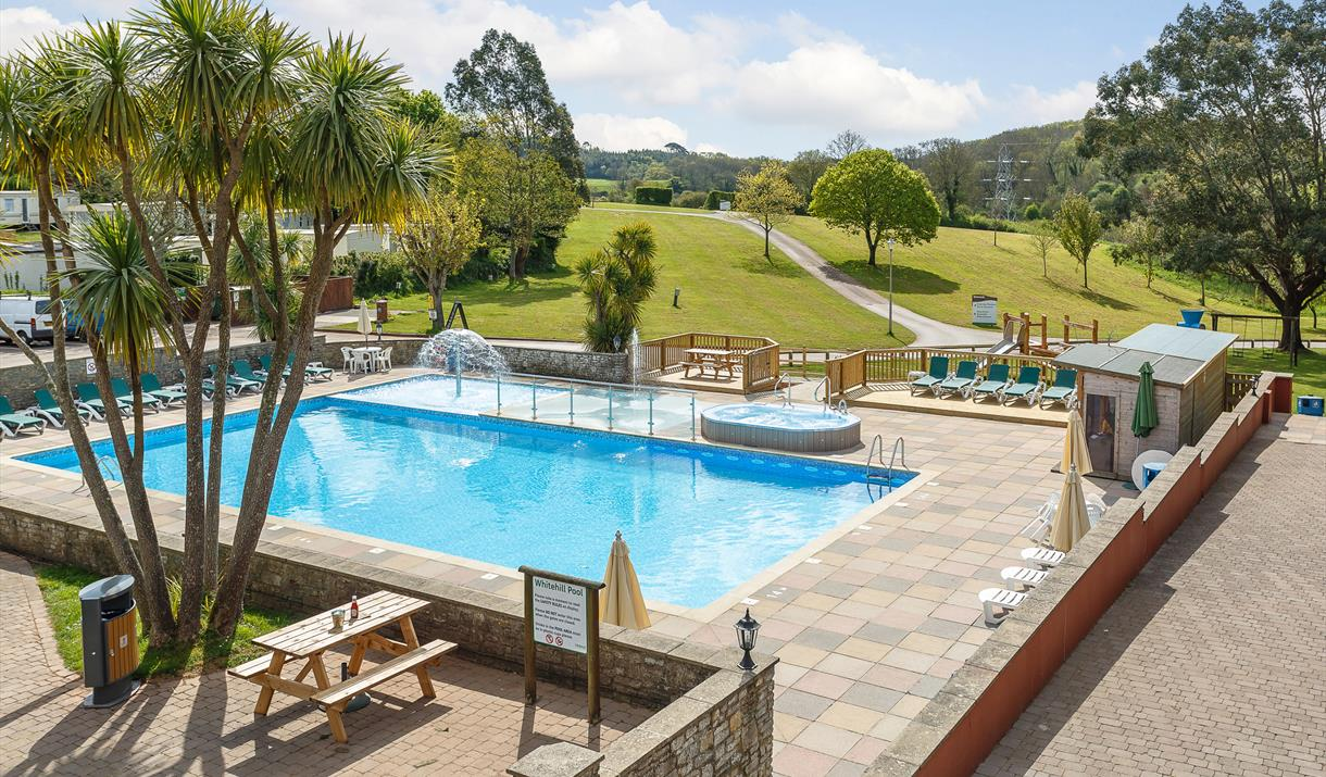 Whitehill country park paignton visit english riviera for Camping in devon with swimming pool