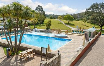 swimming pool holiday park paignton