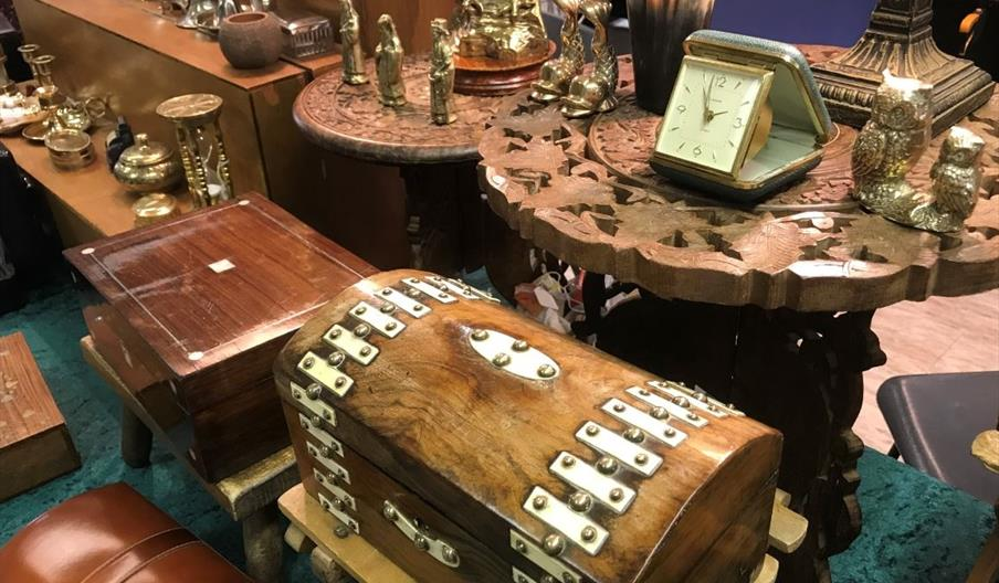 Antique and Collectables Fair - Newton Abbot Racecourse, Devon
