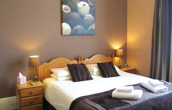Luxury rooms for that special occasion at Garway Lodge, Torquay, Devon